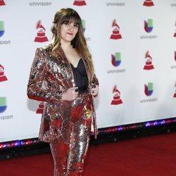 Rozalén en la alfombra roja de los Grammy Latinos 2018
