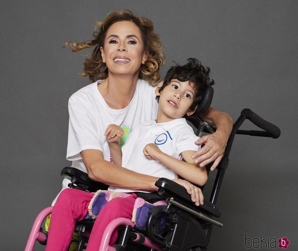 Ágatha Ruiz de la Prada posa para el Calendario Solidario Hospital San Rafael 2019