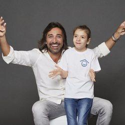 Antonio Carmona posa para el Calendario Solidario Hospital San Rafael 2019