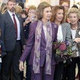 La Reina Sofía paseando por el Rastrillo Nuevo Futuro 2018