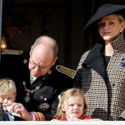 Alberto y Charlene de Mónaco con sus hijos Jacques y Gabriella en el Día Nacional de Mónaco 2018
