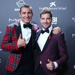 Jesús Vázquez y David Bisbal en la gala 'People in red' 2018