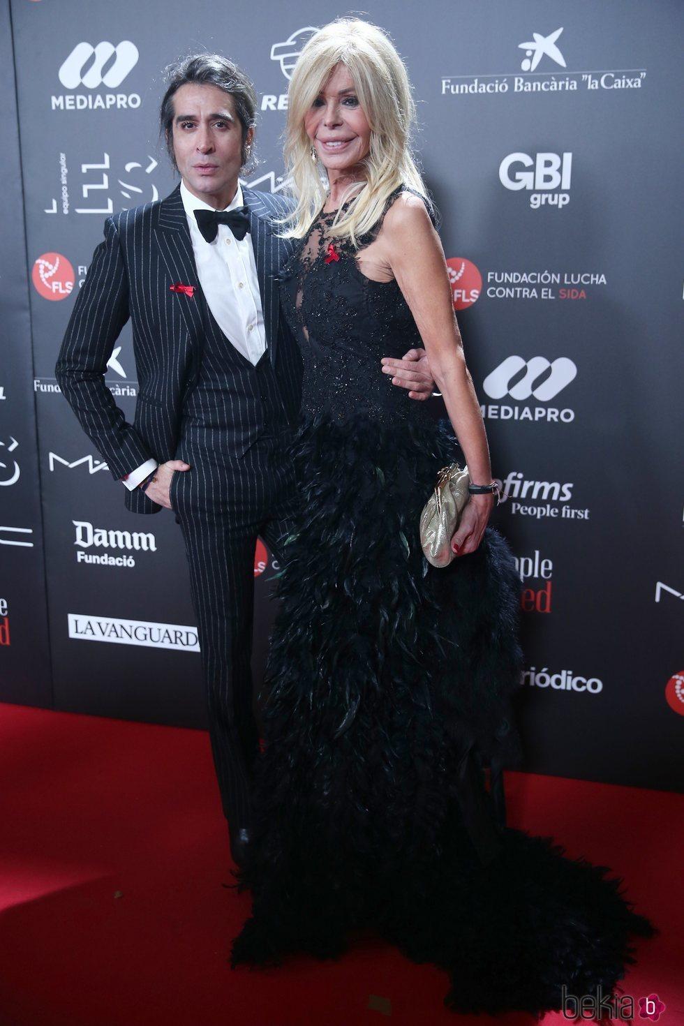 Mario Vaquerizo y Bibiana Fernández en la gala 'People in red' 2018