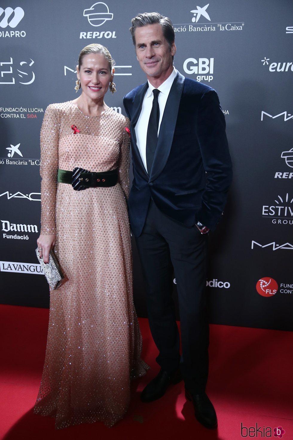 Fiona Ferrer y Marc Vanderloo en la gala 'People in red' 2018