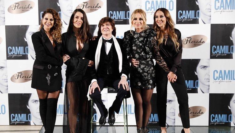 Camilo Sesto presenta 'Camilo Sinfónico' junto a sus compañeras