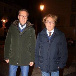 Victorio y Lucchino en la misa por el cuarto aniversario de la muerte de la Duquesa de Alba