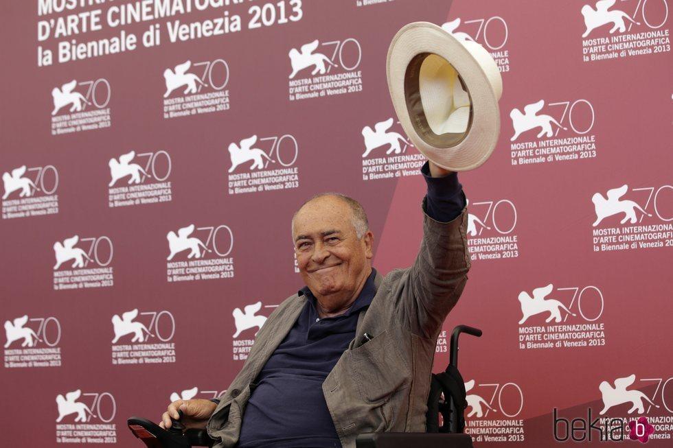 Bernardo Bertolucci en la alfombra roja de la 70ª edición del Festival de Cine de Venecia