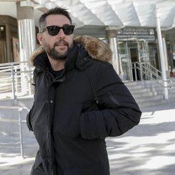 Dani Mateo abandonando el juzgado