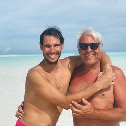 Rafa Nadal de vacaciones con su padre