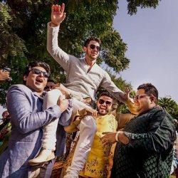 Nick Jonas en la celebración previa de su boda