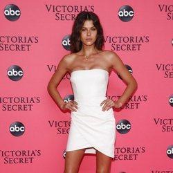 Georgia Fowler en la fiesta de emisión del Victoria's Secret Fashion Show 2018