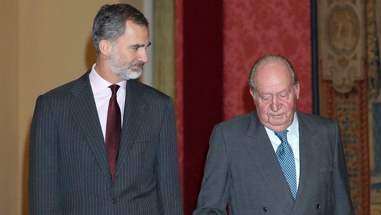 El Rey Felipe con el Rey Juan Carlos celebran el 40 aniversario de la Constitución