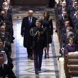 Donald y Melania Trumo llegando al funeral de George W. H. Bush