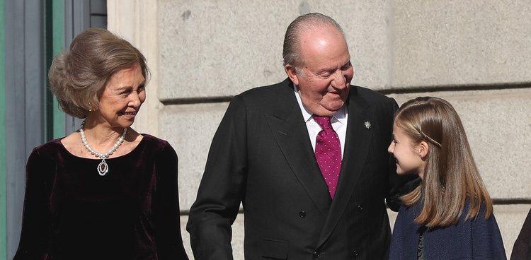La Princesa Leonor y los Reyes Juan Carlos y Sofía en el 40 aniversario de la Constitución
