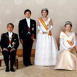 Naruhito y Masako de Japón en el día de su boda