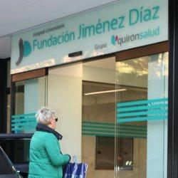 Terelu Campos llegando a la Fundación Jiménez Díaz