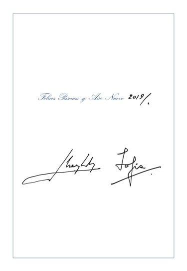 Los Reyes Juan Carlos y Sofía firman su felicitación de Navidad 2018
