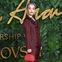 Rita Ora en los British Fashion Awards 2018