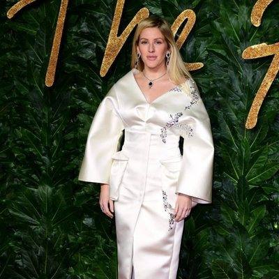 Ellie Goulding en los British Fashion Awards 2018