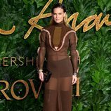 Bar Rafaeli en los British Fashion Awards 2018