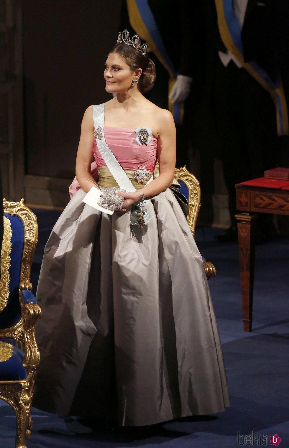 La Princesa Victoria de Suecia en la gala de entrega de los Premios Nobel 2018