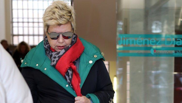 Terelu Campos sale de una revisión médica del hospital