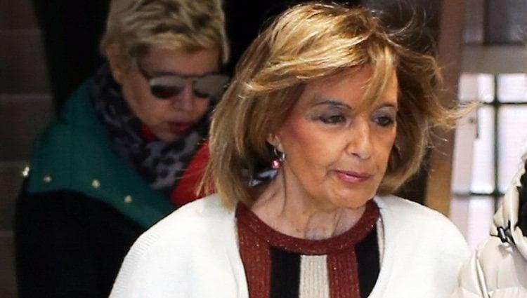 María Teresa Campos junto a Terelu Campos a una revisión