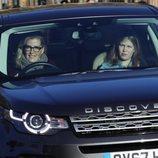 Sophie Rhys Jones y Lady Louise Mountbatten Windsor en el almuerzo navideño en Buckingham Palace 2018