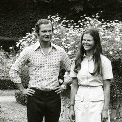 Los Reyes Carlos Gustavo y Silvia de Suecia de jóvenes