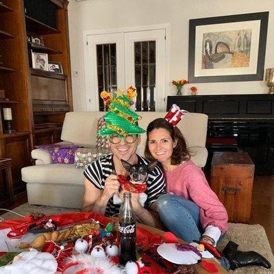 Miguel Ángel Silvestre y su hermana en Navidad