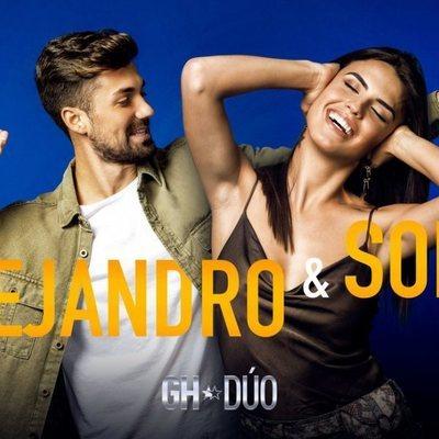 Sofía Suescun y Alejandro Albalá en la foto promocional de 'GH Dúo'