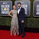 Emily Blunt y John Krasinski en la alfombra roja de los Globos de Oro 2019
