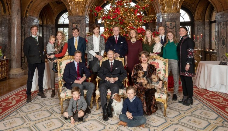 La Familia Real de Luxemburgo reunida en el 98 cumpleaños del Gran Duque Juan