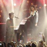 Miriam Rodríguez y Pablo López en el escenario