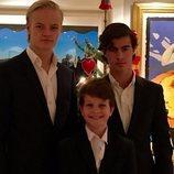 Marius Borg junto a sus hermanos Emanuel y Lucas