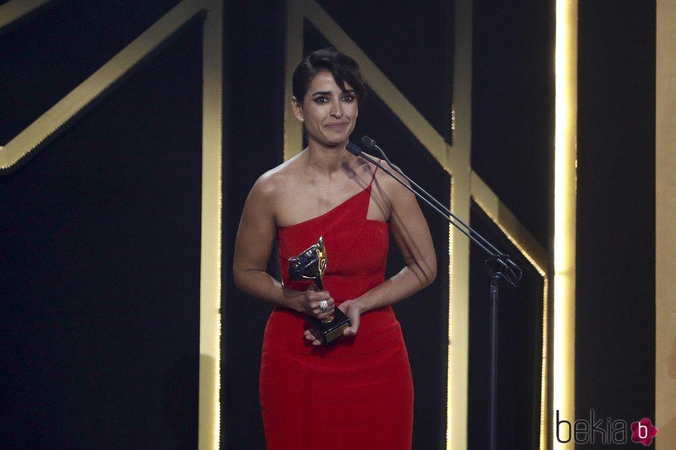 Inma Cuesta recibiendo un premio los Premios Feroz 2019