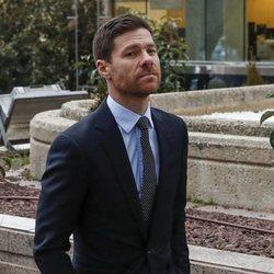 Xabi Alonso llegando a la Audiencia Provincial para ser juzgado por fraude fiscal