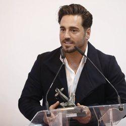 David Bustamante recogiendo su galardón en FITUR 2019