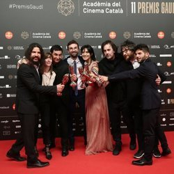 Elenco de 'Entre dos Aguas' en los Premios Gaudí 2019