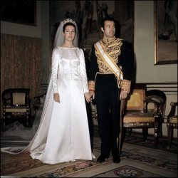 Carmen Martínez-Bordiú y Alfonso de Borbón el día de su boda