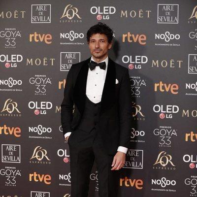 Andrés Velencoso en la alfombra roja de los Premios Goya 2019
