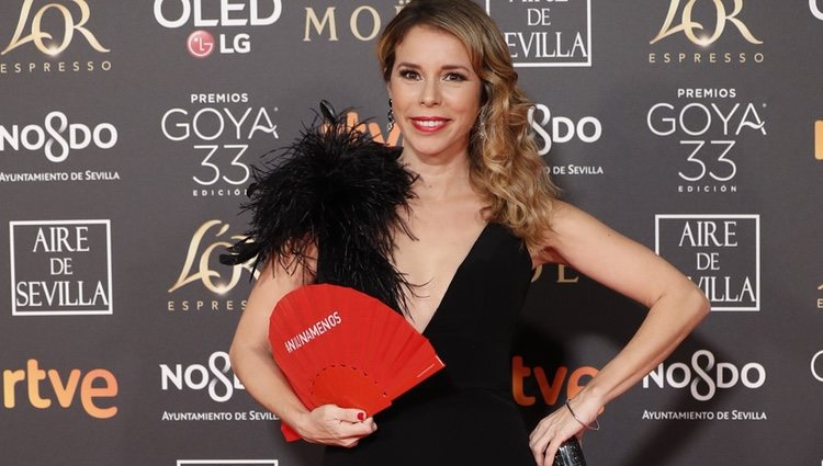 Athenea Mata en la alfombra roja de los Premios Goya 2019
