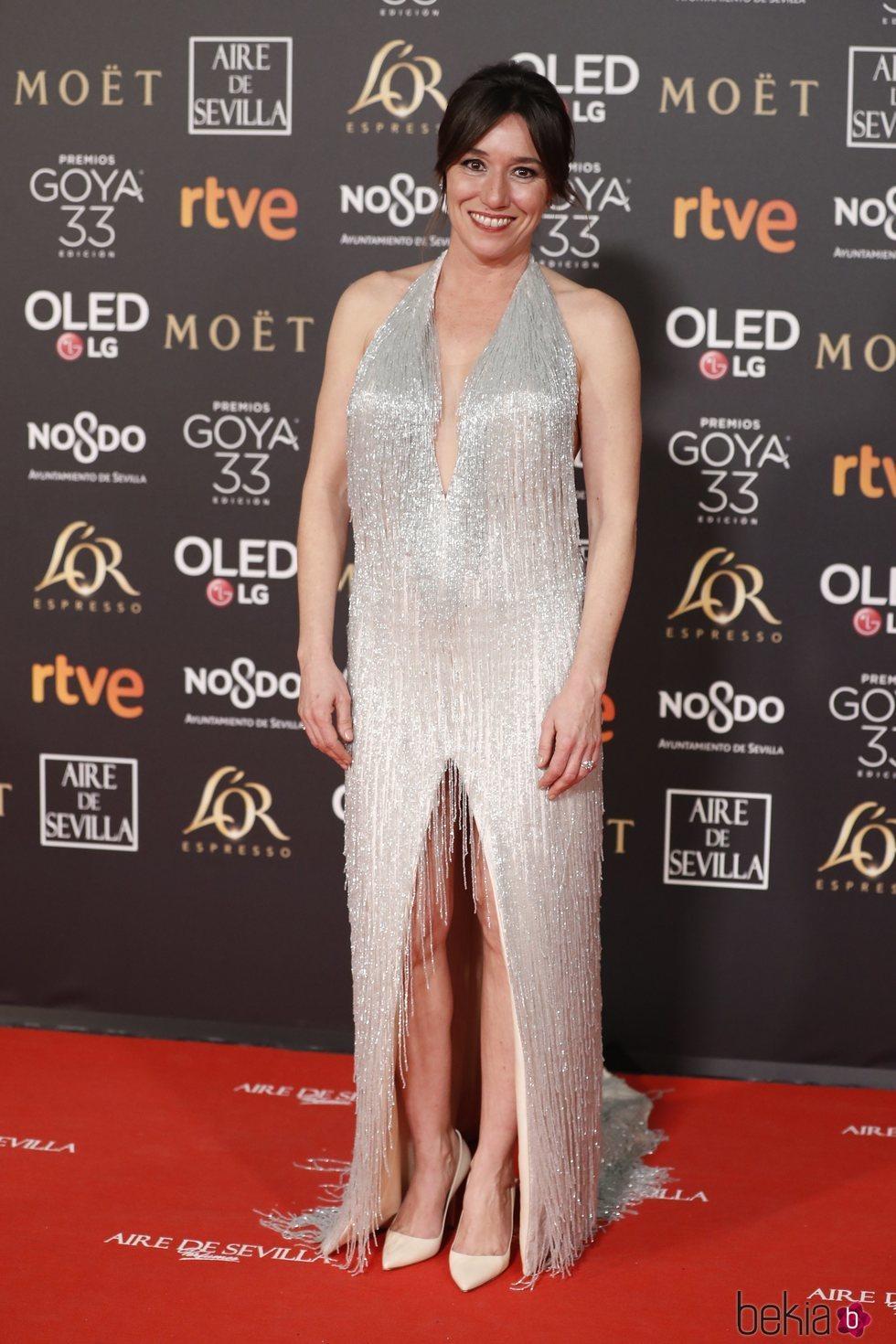 Lola Dueñas en la alfombra roja de los Premios Goya 2019
