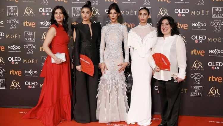 Elenco de 'Carmen y Lola' en la alfombra roja de los Premios Goya 2019
