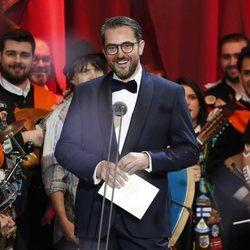 Màxim Huerta entregando un premio en la gala de los Goya 2019