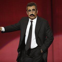Andreu Buenafuente como si fuera Groucho Marx en los Premios Goya 2019