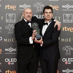 José Herrera posa con su estatuilla en los Premios Goya 2019