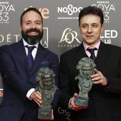 Roberto Fernández y Alfonso Reposo posan con sus estatuilla en los Premios Goya 2019