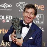 Antonio de la Torre con su estatuilla en los Premios Goya 2019
