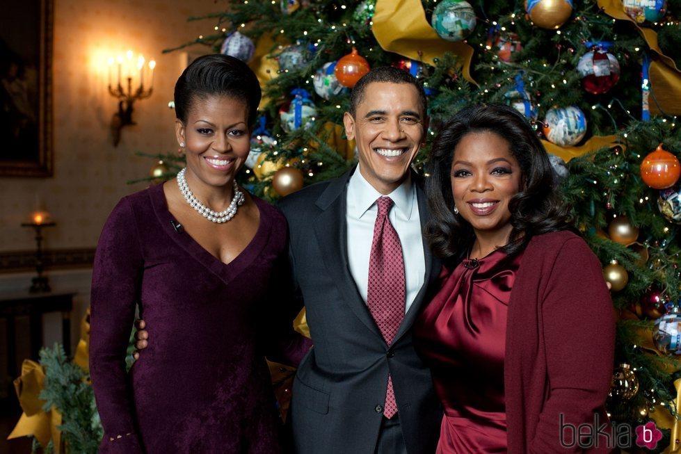 Oprah Winfrey, Barack Obama y Michelle Obama en la Casa Blanca por navidad